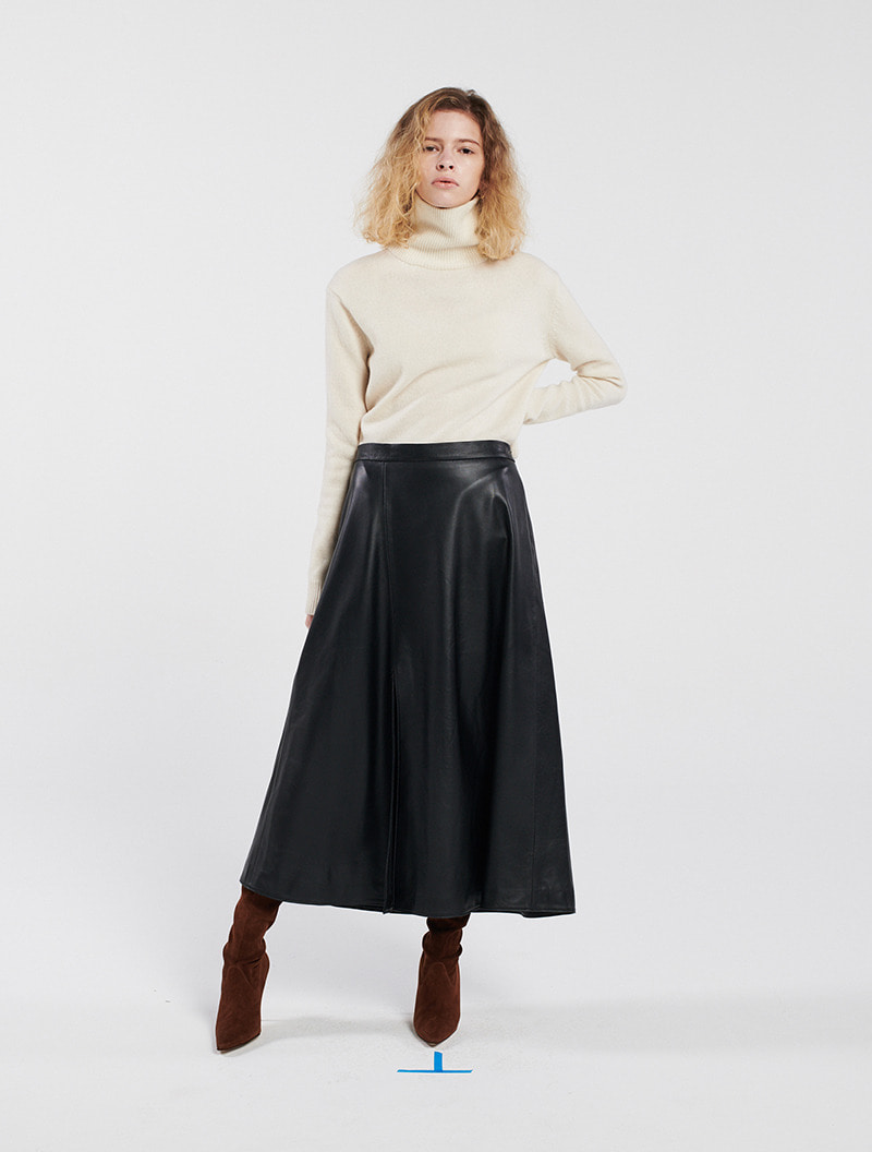 [주문제작] LAMBSKIN LEATHER SLIT SKIRT