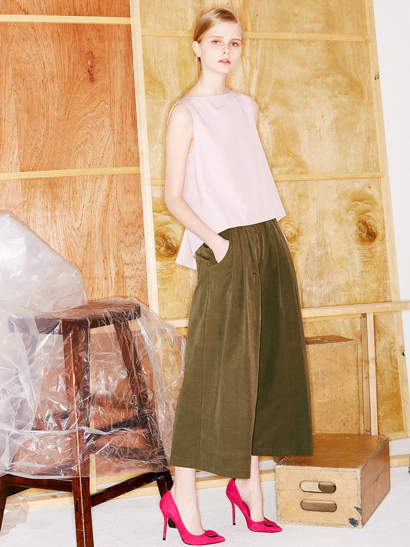 WIDE PANTS. KHAKI