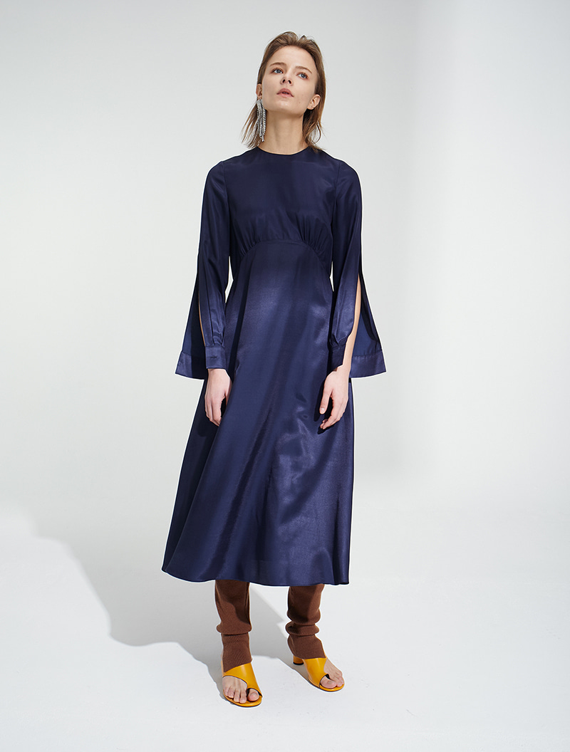 SLIT SLEEVE MAXI DRESS NAVY