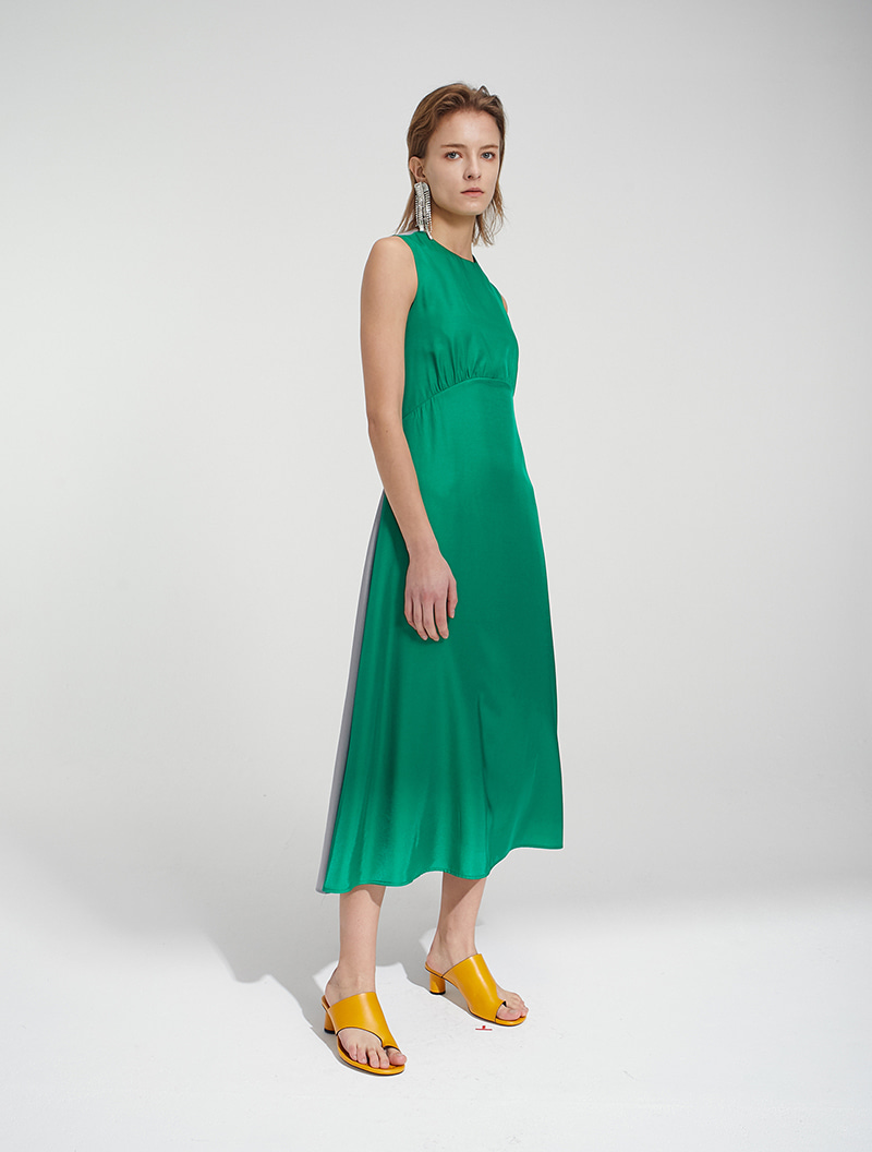 OPEN BACK MAXI DRESS GREEN