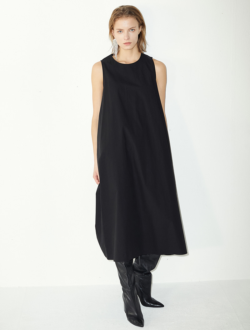 SLEEVELESS MAXI DRESS BLACK
