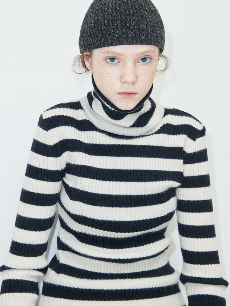STRIPE KNIT - TURTLE - IVORY